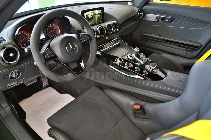 Mercedes Benz GT R 2018 0KM full