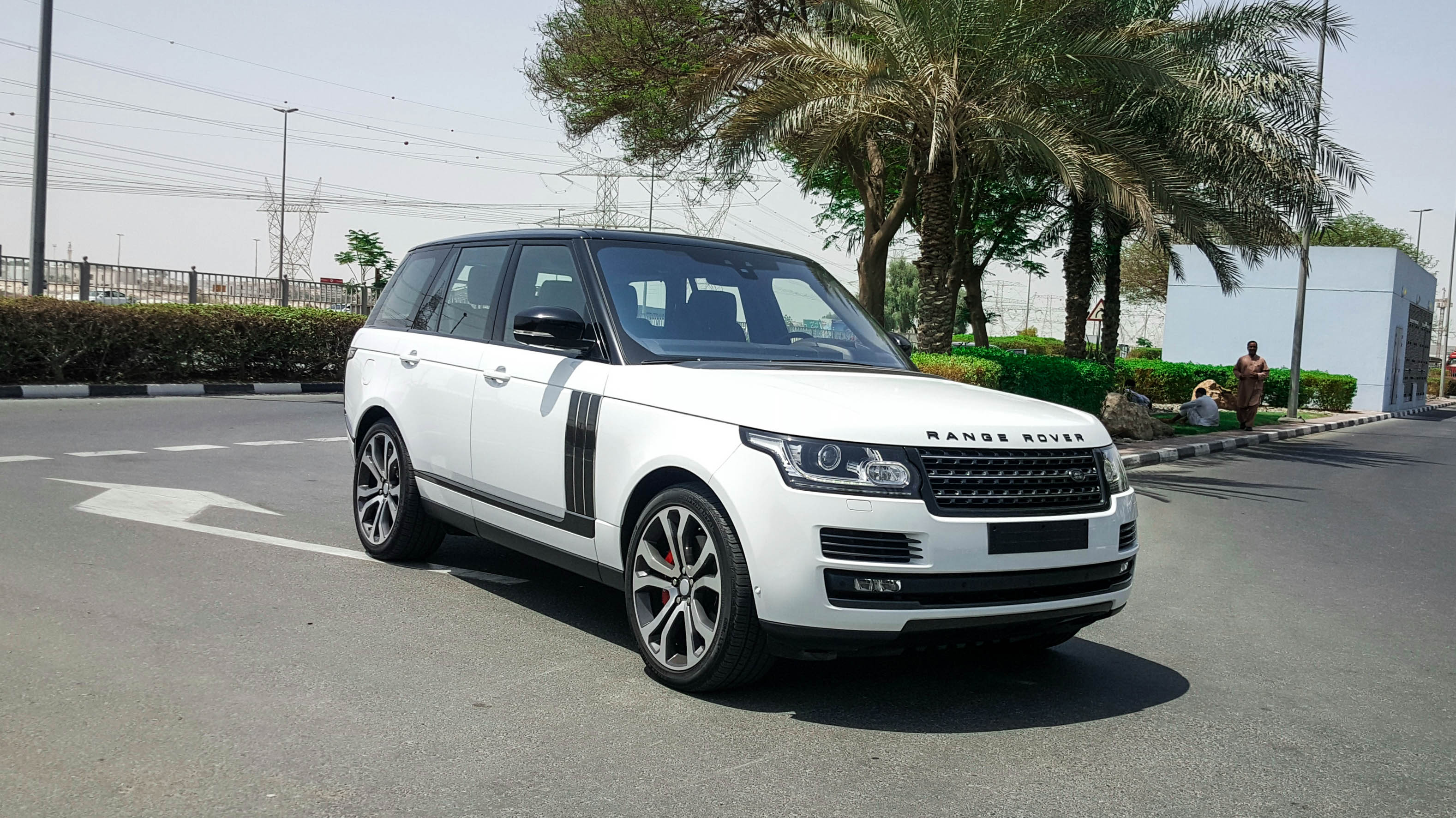 range rover autobiography sv formula motors llc dubai. Black Bedroom Furniture Sets. Home Design Ideas