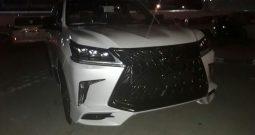 Lexus LX570 SPORT 2018 GCC