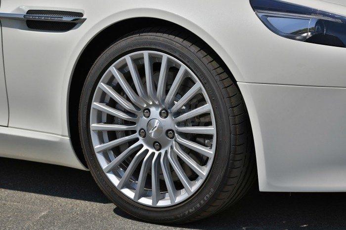 Aston Martin Rapide 2017 full