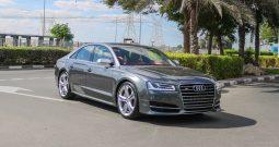 Audi S8 EXCLUSIVE