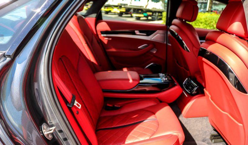 Audi S8 EXCLUSIVE full