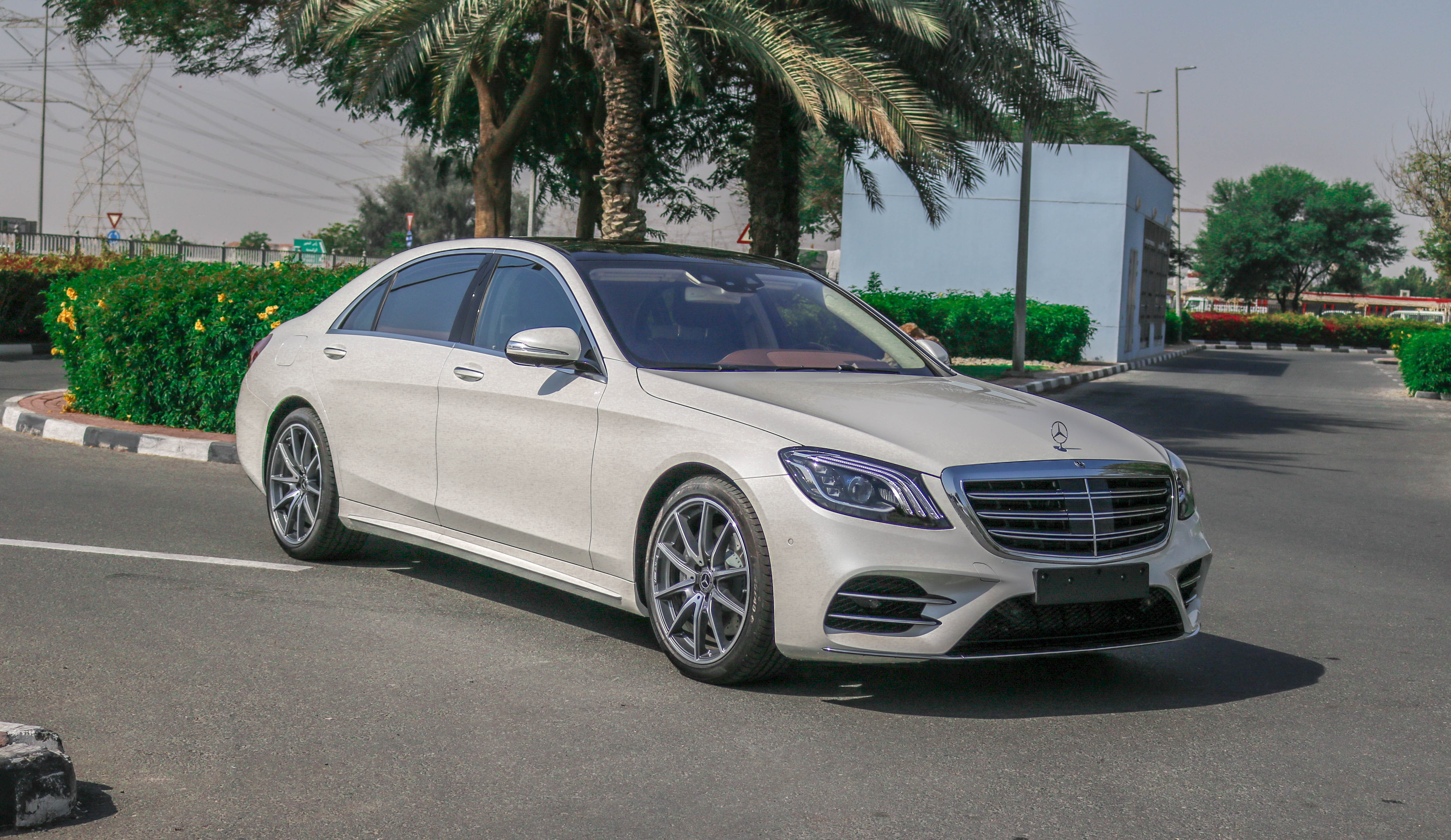 Mercedes benz s560 gcc 2018 formula motors llc dubai for Mercedes benz schedule a