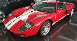 Ford GT 2005 USA SPECS