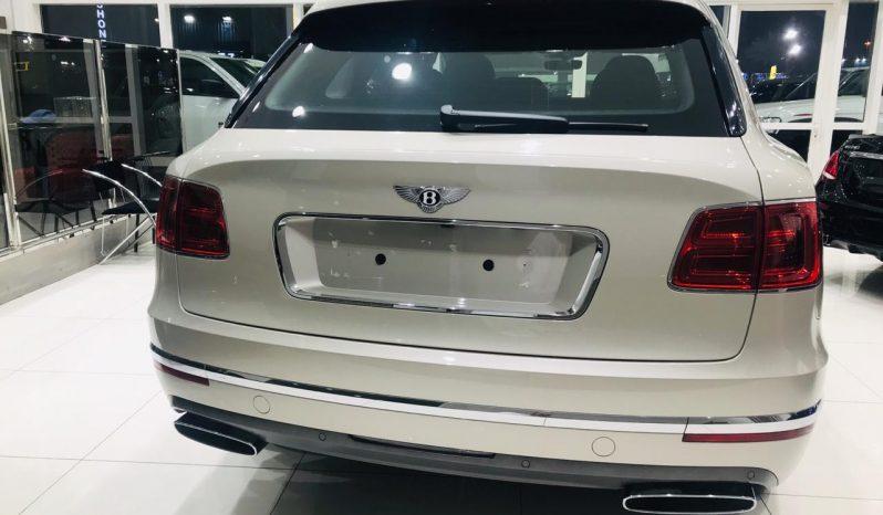 Bentley Bentayga Signature full